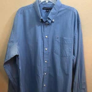 Tommy Hilfiger xl button down shirt
